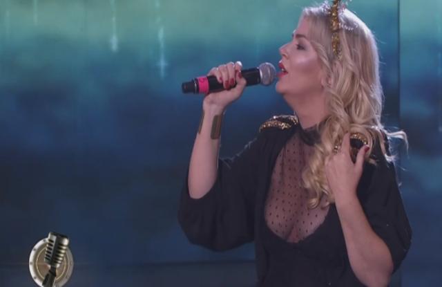 Cantando 2020: Esmeralda Mitre cantó en inglés, se cruzó con el jurado y se llevó el puntaje más bajo