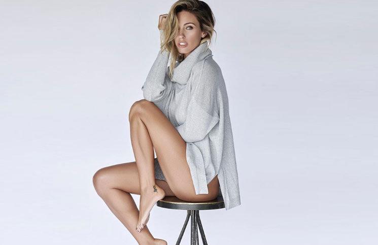 Rocío Guirao Díaz posó con una blusa súper escotada